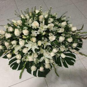 Ofrendas fúnebres en la paz cesar