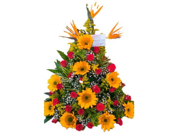 Ramo floral con rosas de color